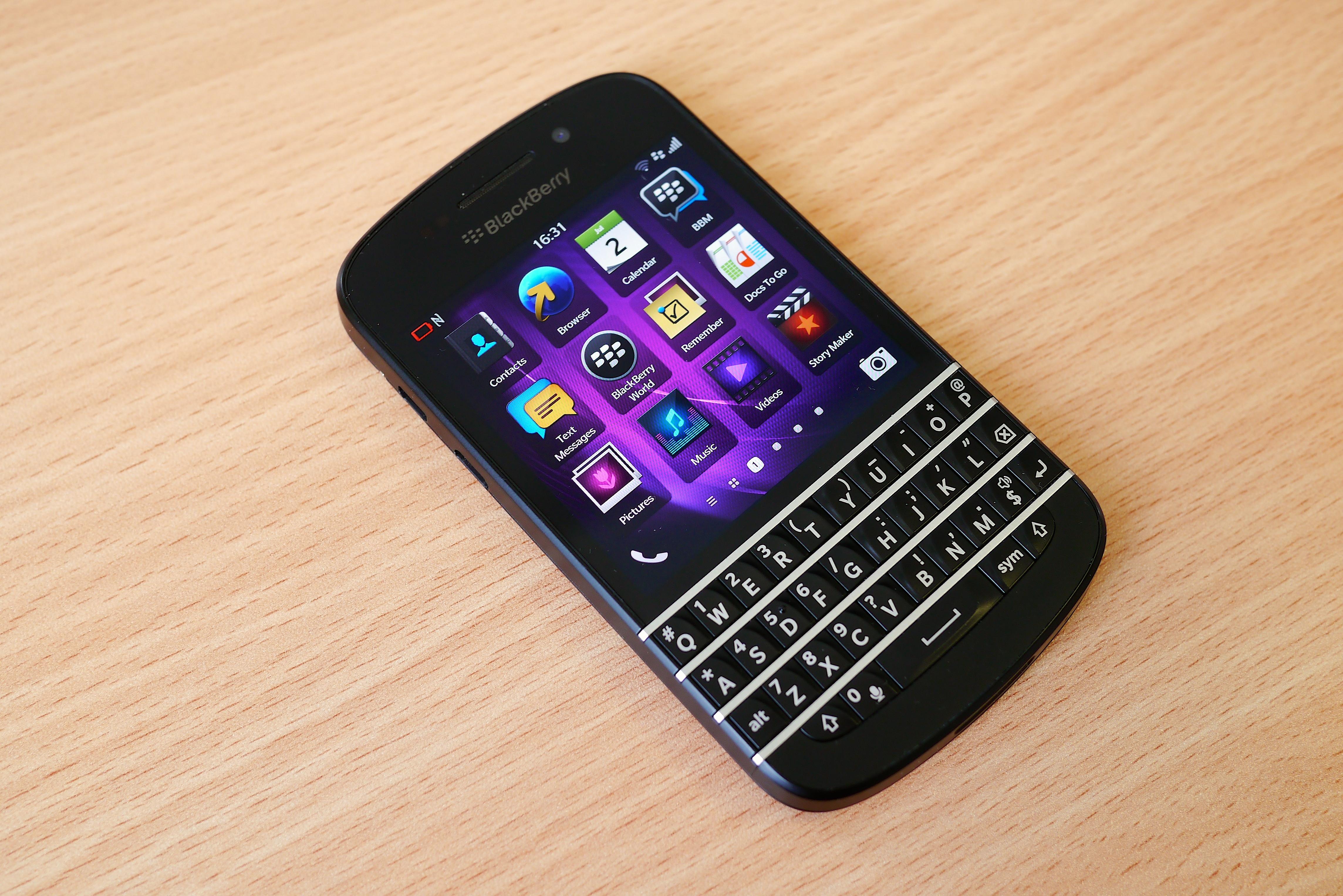 Blackberry_Q10_home_screen (1)
