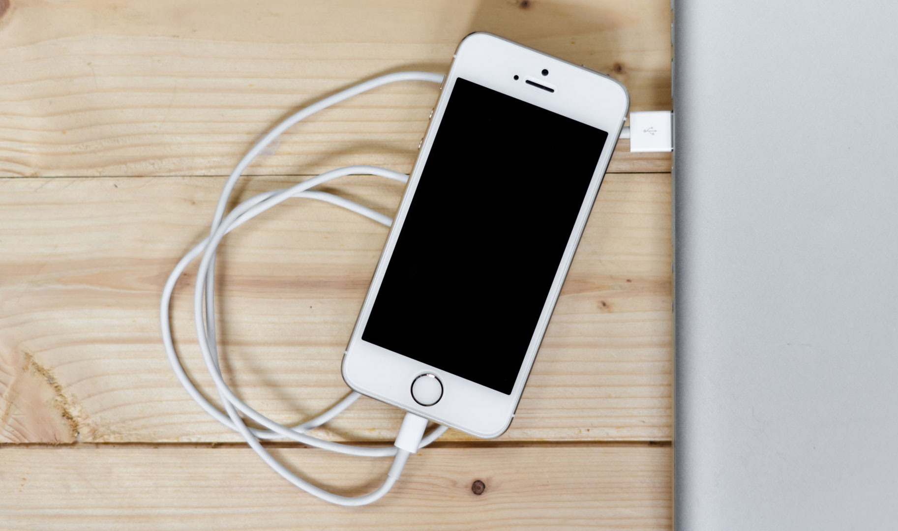 How to Fix Your iPhone 8/8 Plus and iPhone X Charging Issues
