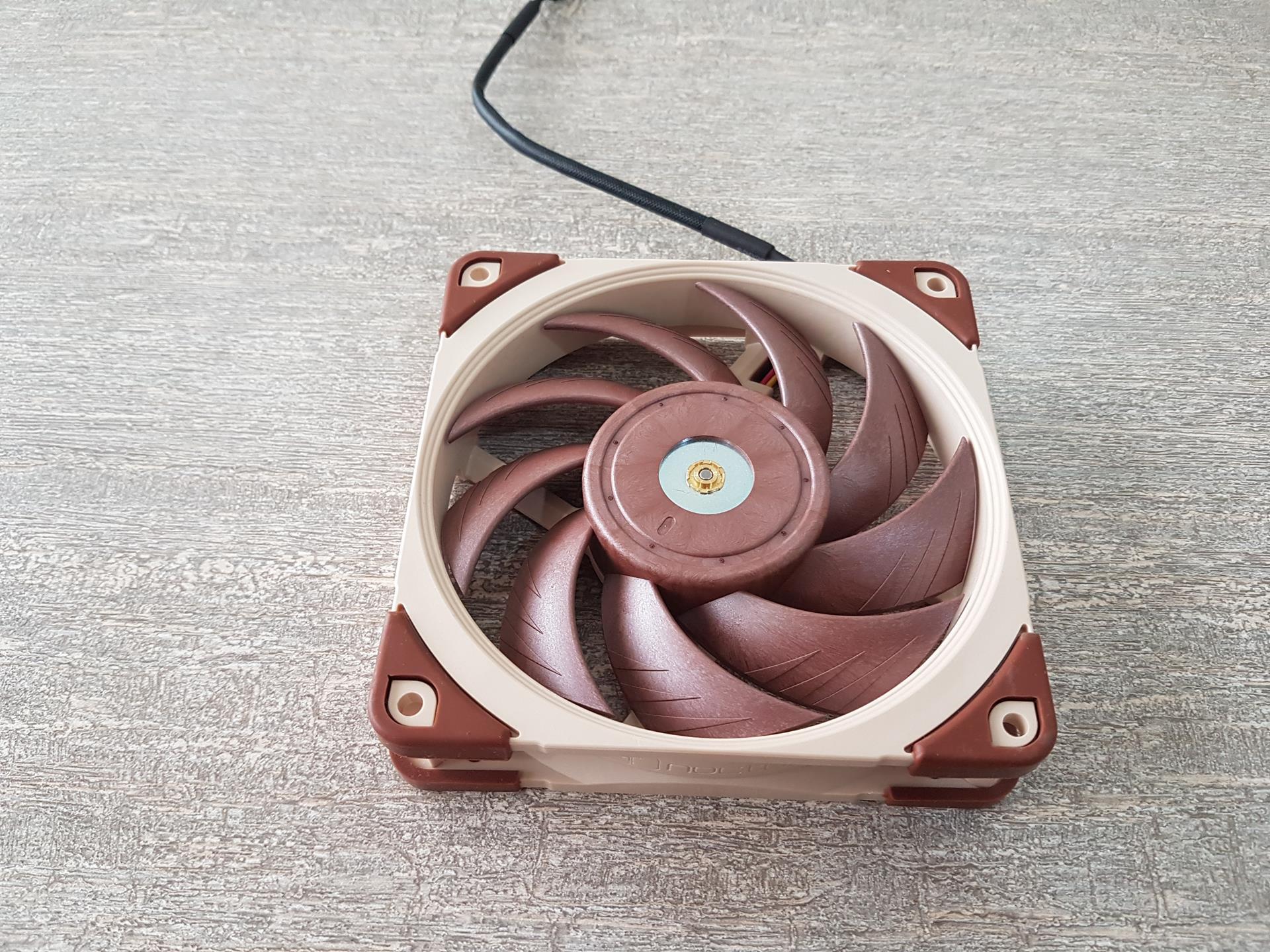 Reseña del ventilador Noctua NF-A12x25 FLX