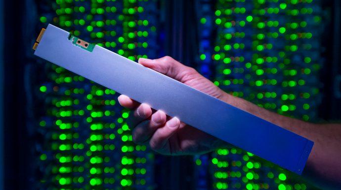 Intel P4500 SSD