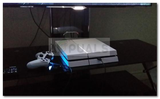 PS4-Controller an PS4 anschließen