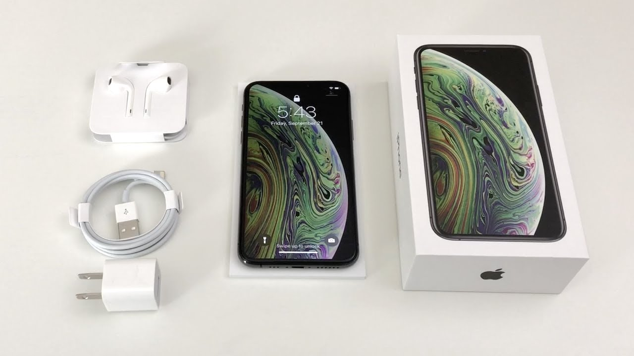 iPhone XS Max unboxing. Source: Youtube