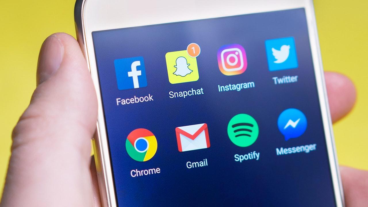 Facebook Share Screen Feature