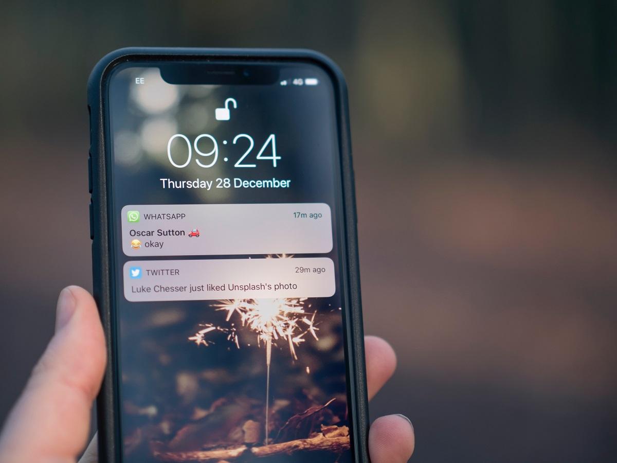 WhatsApp Splash Screen Bug Is Back Again